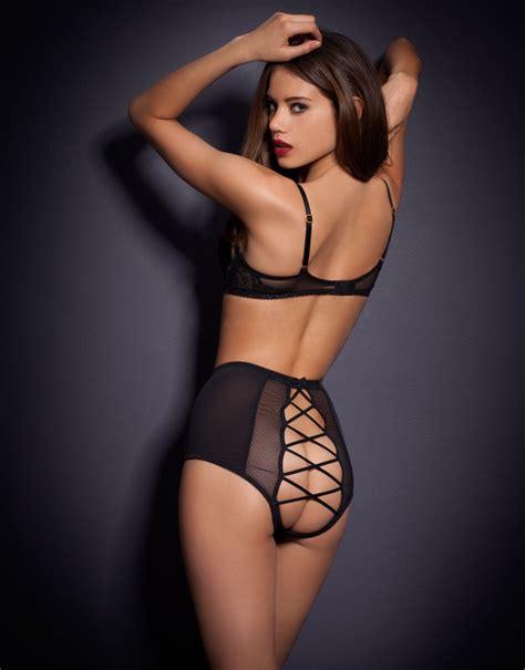 Hot women in corsets on instagram