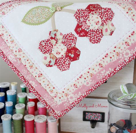 Small Patchwork Projects - sew a cherry mini quilt from the lovely patchwork book