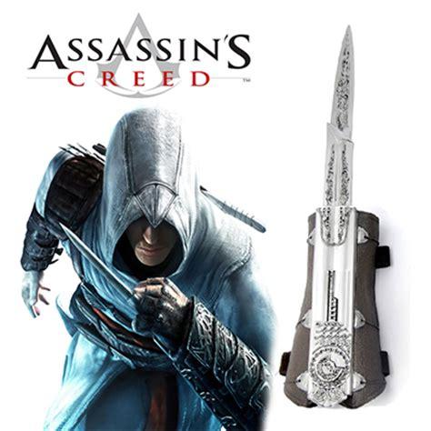 Assasins Creed Ezio Black Suit Premium Hardcase For Samsung S7 Edge assassin s creed ii ezio blade deluxe