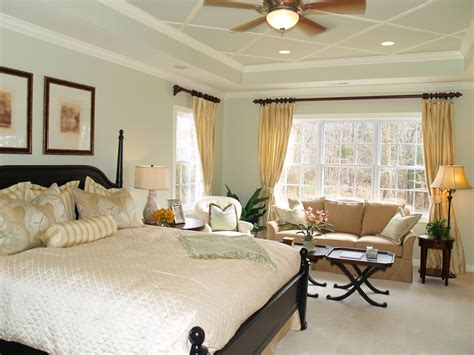 ultra cozzy sitting room  master bedroom ideas mosca homes
