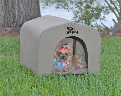 mutt hutt dog house zeez mutt hutt dog house small 54x48x48cm 240 kennel items kennels the mutt hutt