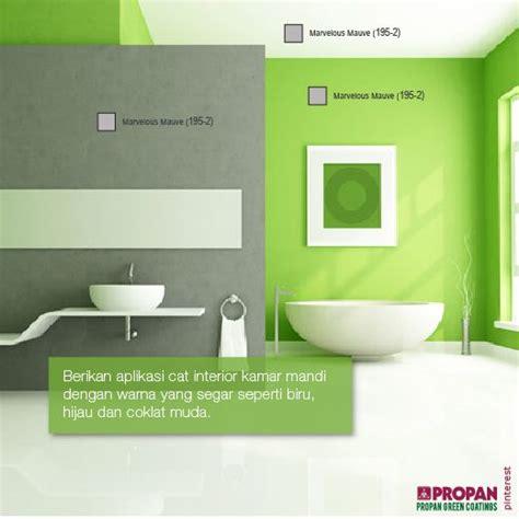 Handuk Tanggung Warna Hijau Dan Hijau Muda berikan aplikasi cat interior kamar mandi dengan warna