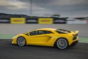 Lamborghini S Drive 2017 Lamborghini Aventador S Automobile