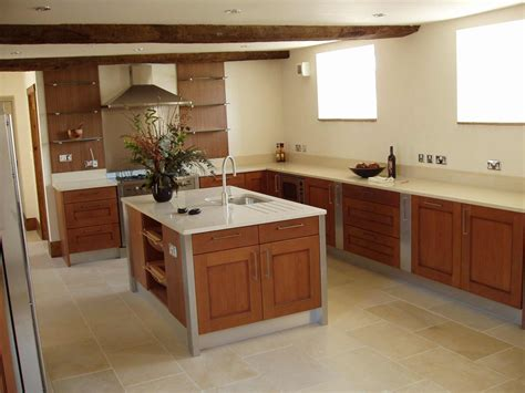 laminate flooring kitchen feel  home