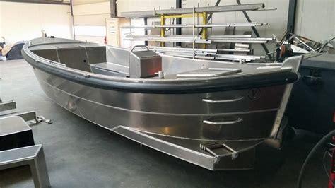 aluminium boot bouwpakket van vossen 700 verschuur watersport