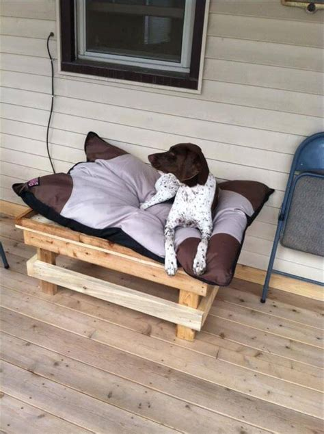 10 diy pallet dog bed ideas diy and crafts
