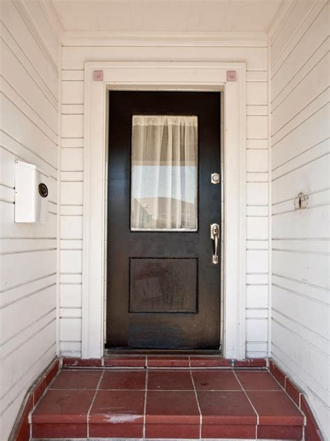 Hgtv Front Door Sweepstakes 2014 Curb Appeal Makeovers 20 Before And After Photos Hgtv