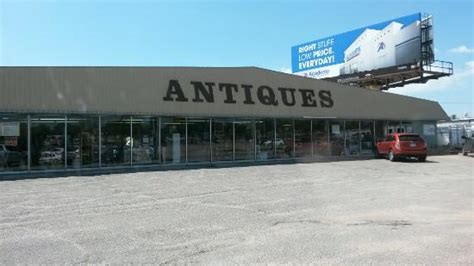 nifty nut house hours paramount antique mall wichita ks top tips before you go with photos tripadvisor