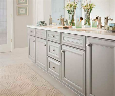 Grey Bathroom Cabinets by Gray Bathroom Cabinets Kemper Cabinetry