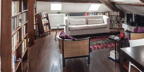 arredamento per mansarde con travi 67 mq la mansarda con travi in legno cose di casa
