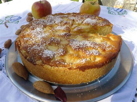 haltbare kuchen backen apfel marzipan kuchen oder auch apfelkuchen mit marzipan
