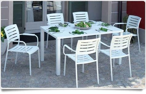 tavoli terrazzo tavolo da giardino tavoli da giardino scegliere il