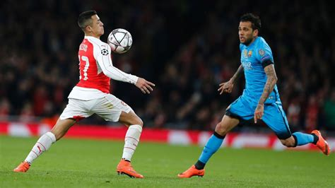 alexis sanchez barca stats alexis sanchez didn t fail at barcelona dani alves