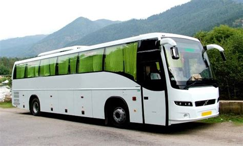 seater volvo bus hire delhi book luxury buses  india