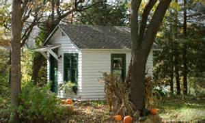 tiny cottage modest cottage tiny house swoon