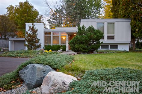 contemporary houses for sale best of mid century modern homes for sale grand rapids mi