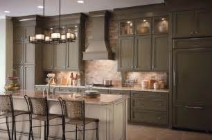 Cabinets For Kitchen by Classic Traditional Kitchen Cabinets Style Traditional