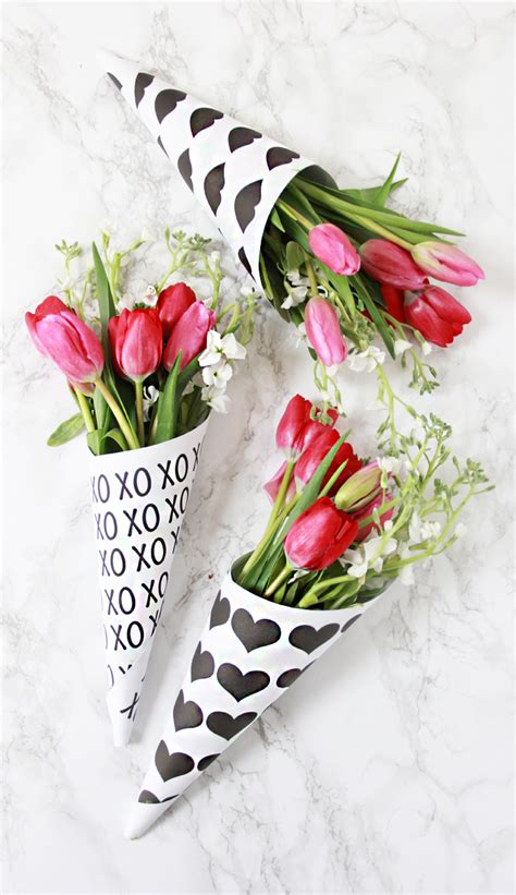 bouquet of flowers for valentines a bubbly diy free printable flower bouquets