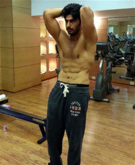 arjun kapoor workout routine, diet plan, and weight loss story