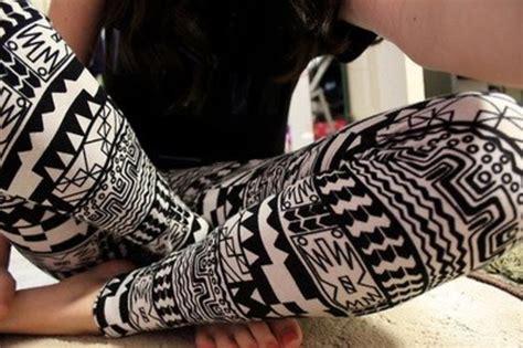 aztec pattern leggings outfit pants leggings leggings aztec pattern black white