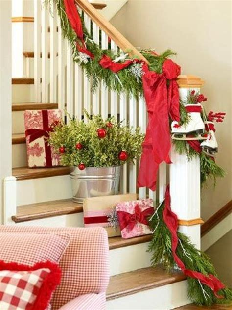 Cool Kids Bedroom Ideas 35 christmas d 233 cor ideas in traditional red and green