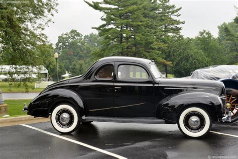 Ford Deluxe by 1939 Ford Deluxe V8 Model 91a Pictures History Value