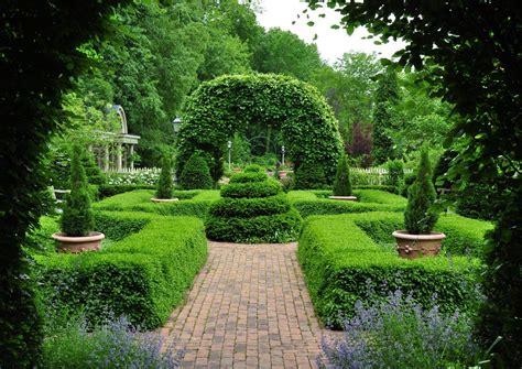beautiful hidden gardens  ohio