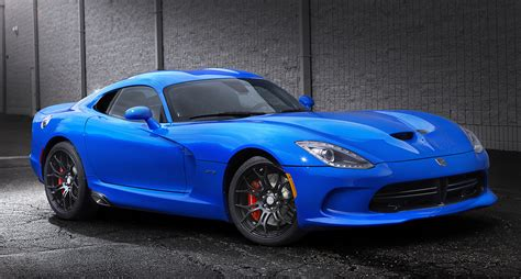 2015 dodge viper srt gets 5 more horsepower new grades and special editions