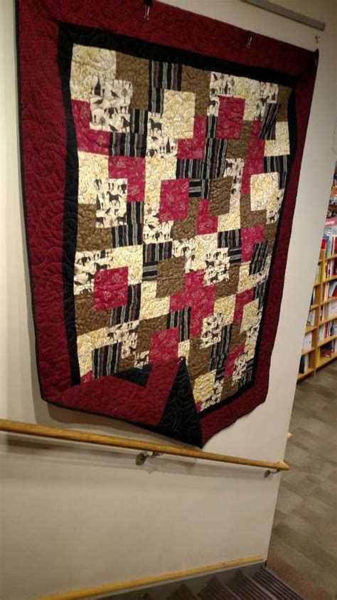 Quilt Shops In San Antonio by In The Suburbs At Last This Novice Shares Exhibit Space With Master Quilters San Antonio