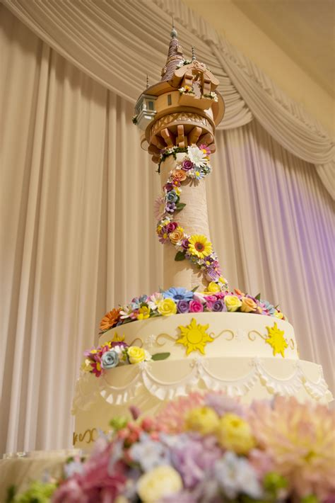 tokyo disney resort to offer tangled and frozen themed weddings