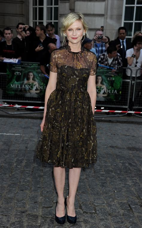 Ignorant Of The Day Kirsten Dunst by Kirsten Dunst In Honor Look Of The Day Huffpost