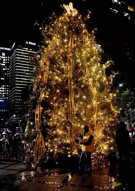 christmas trees around the world 187 gagdaily news