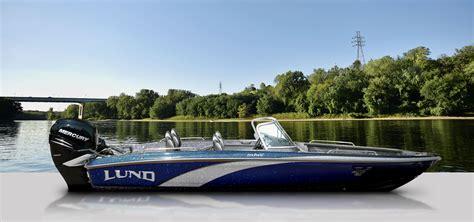lund fiberglass boats for sale lund boats fiberglass fishing boats 219 pro v gl