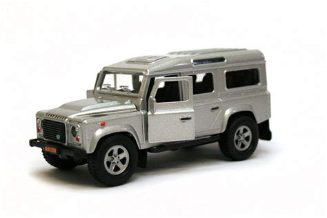silver land rover silver land rover defender die cast model kids globe