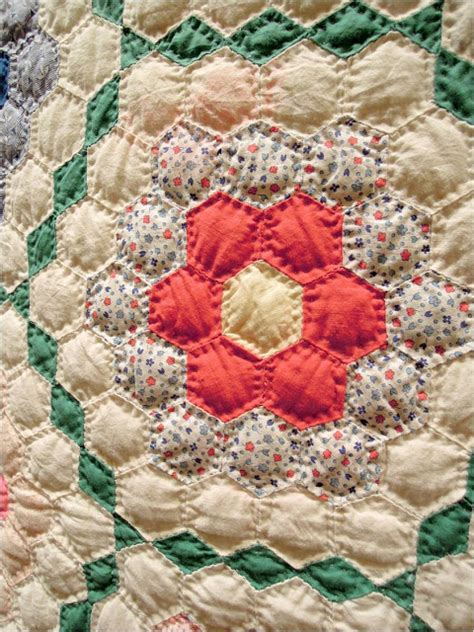 Quilt Inspiration Grandmother S Flower Garden Grandmother S Flower Garden Quilt