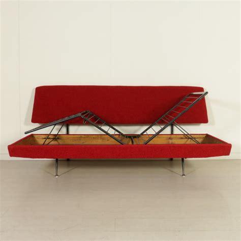 divano anni 50 divano anni 50 60 divani modernariato dimanoinmano it