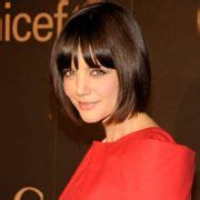 haircuts that help disguise or lift face 4 haircuts that make you look years younger classic bob