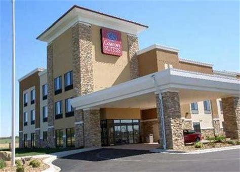 comfort suites rochester minnesota comfort suites rochester rochester deals see hotel