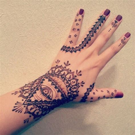 henna tree tattoo 144 best images about artistic styles on henna