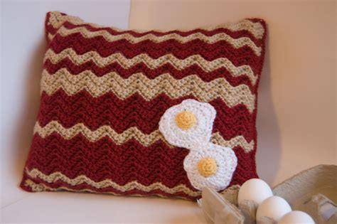 Crochet Pillow by 27 Easy Crochet Pillow Patterns Guide Patterns