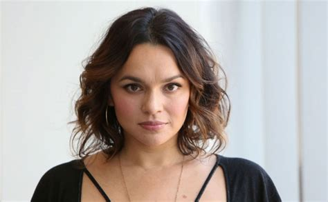 norah jones singer norah jones birthday special lesser known facts of sunrise