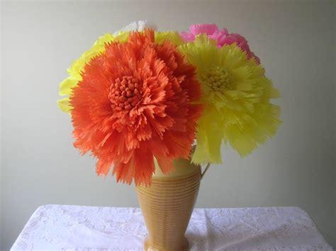 fiori con la carta crespa come realizzare fiori di carta fiori di carta