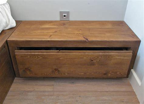 venta de cajones de madera venta de cajones de madera mesillas de noche clasicas