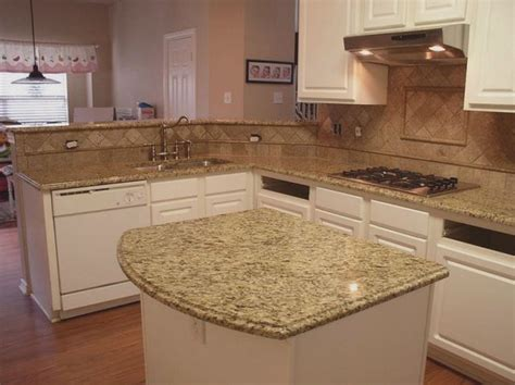 Kitchen Backsplash Ideas With New Venetian Gold Granite New Venetian Gold Granite Backsplash Ideas New Venetian