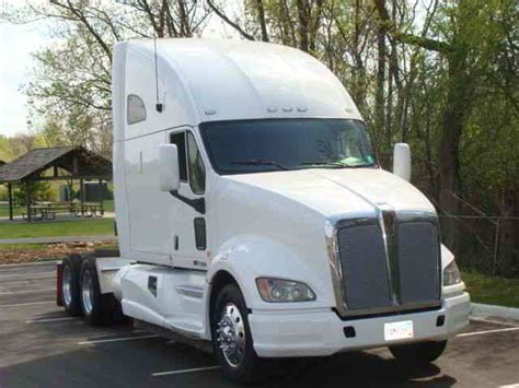 a 700 1ton truck 3 in plastic drop cloth and 3 for 3 tons of tap water u003d cheap mobile swimming kenworth t700 2011 sleeper semi trucks
