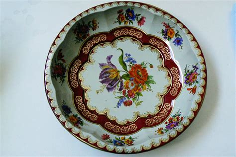 vintage england  daher decorated ware tin  bowl