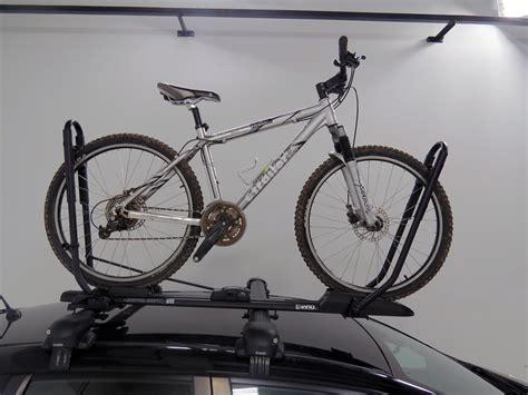 Inno Bike Rack by 2005 Honda Cr V Inno Tire Hold Ii Roof Bike Rack Wheel