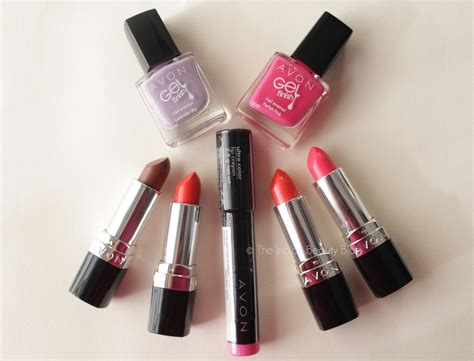 Lipstik Avon 4 avon ultra color lipsticks review swatches