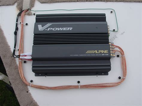 Power Lifier Alpine our boat
