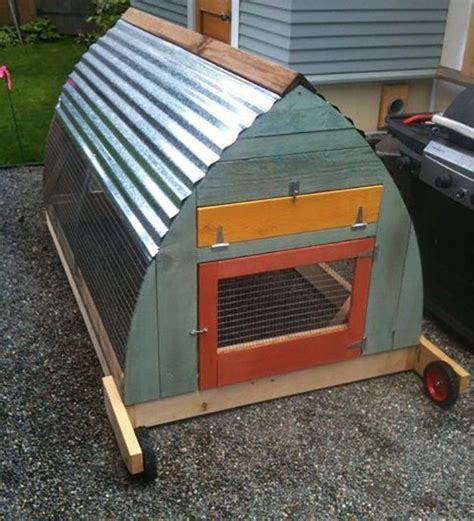 Plastic Rabbit Hutches For Sale 25 Best Ideas About Small Chicken Coops On Pinterest